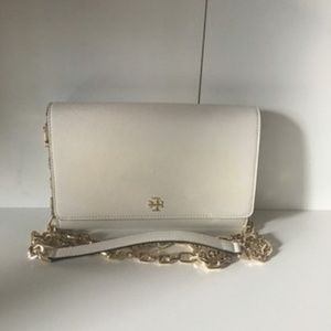 6512e5c0f84 Tory Burch Bags - NEW TORY BURCH ROBINSON CHAIN WALLET COLOR IVORY